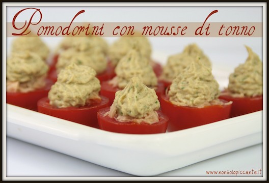 Pomodorini con mousse di tonno