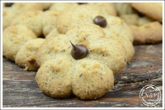Biscotti con grano saraceno e nocciole