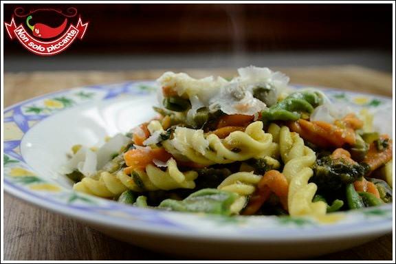 Pasta-con-ragù-vegetariano