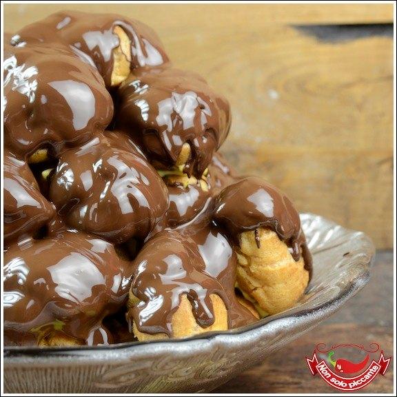 profiteroles-al-cioccolato-01