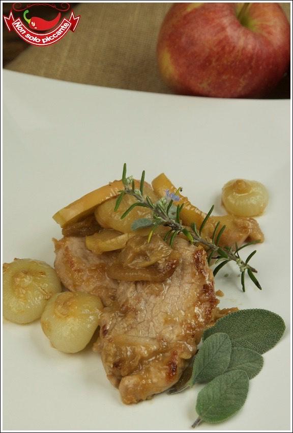 Filetto-maiale-cipolle-mele-1