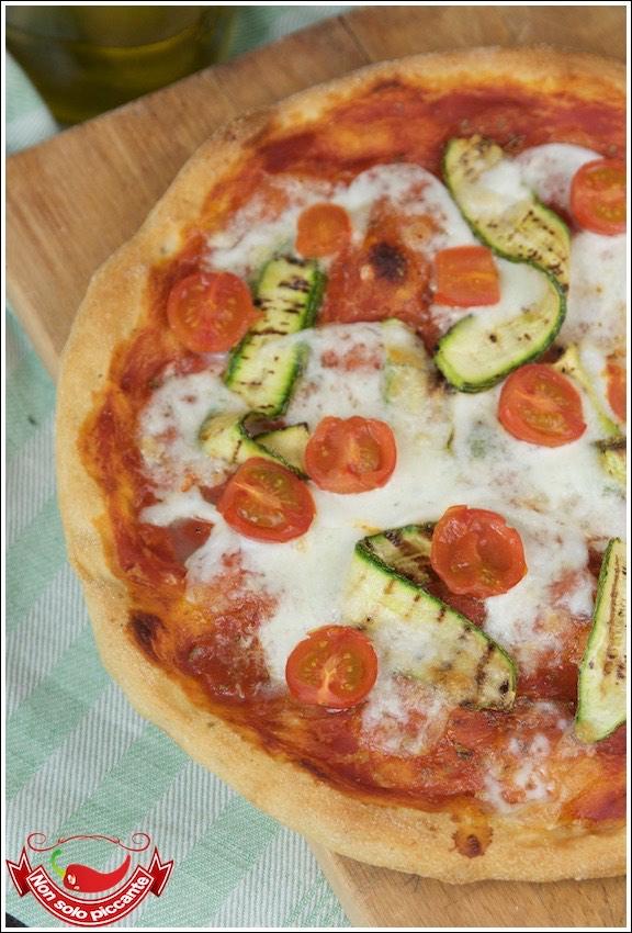 Pizza-con-fiocchi-di-patate