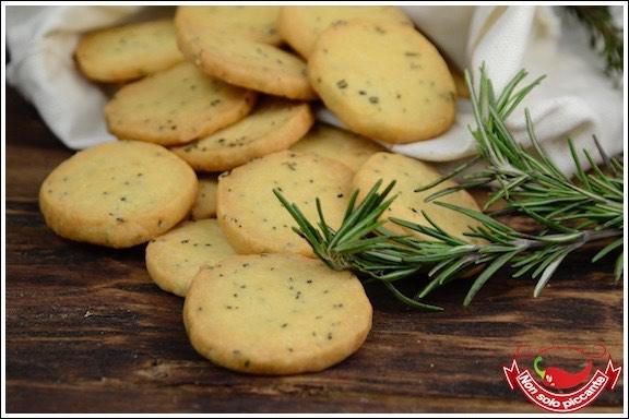 Biscotti-al-rosmarino