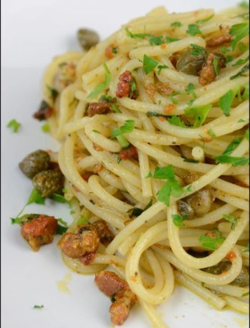 Spaghetti-ricci-e-capperi